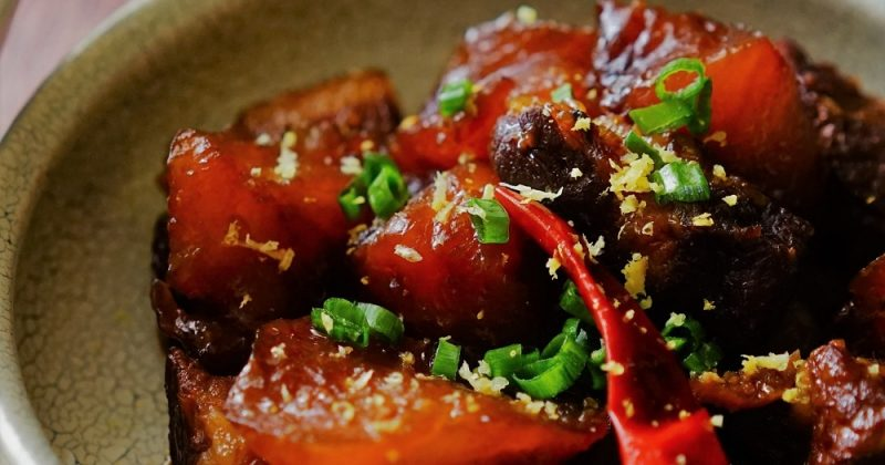 炆蘿蔔腩肉