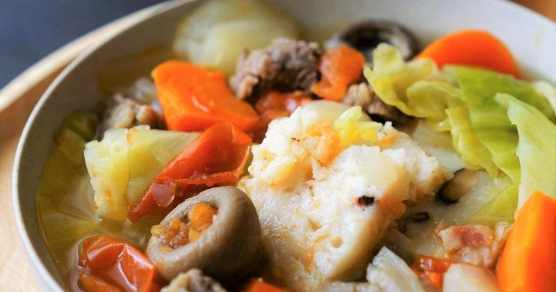 蘿蔔糕雜菜牛肉湯